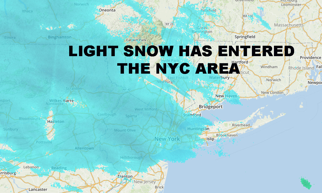 LIGHT SNOW ENTERS NYC