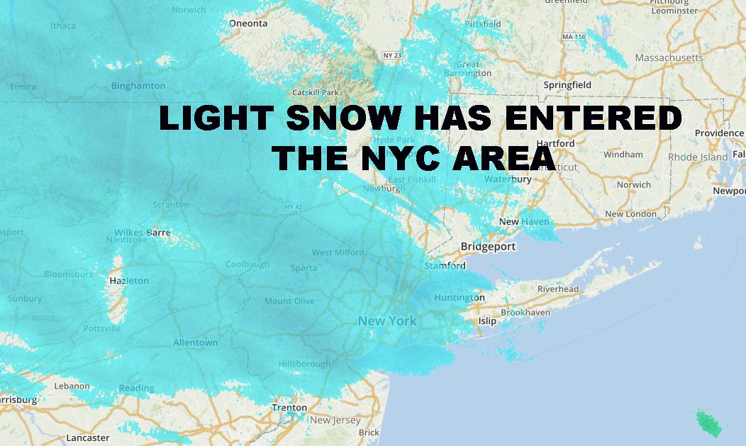 LIGHT SNOW ENTERS NYC