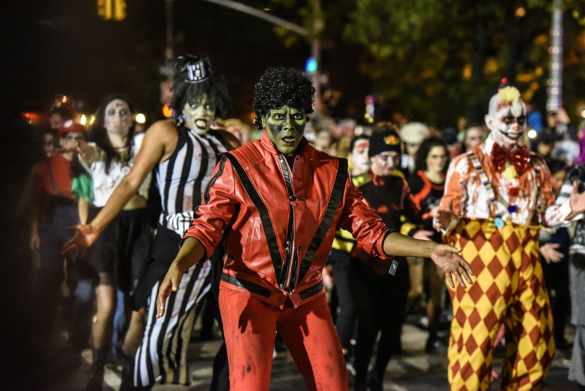 New york city's 48th annual village halloween parade october 31, 2021 at 7 pm   presented live by ny1 at 8 pm the nation's most wildly creative public participatory event in the greatest city in the world! Halloween Parade 2018: Thousands in costume haunt the streets of New York City - New York Daily News