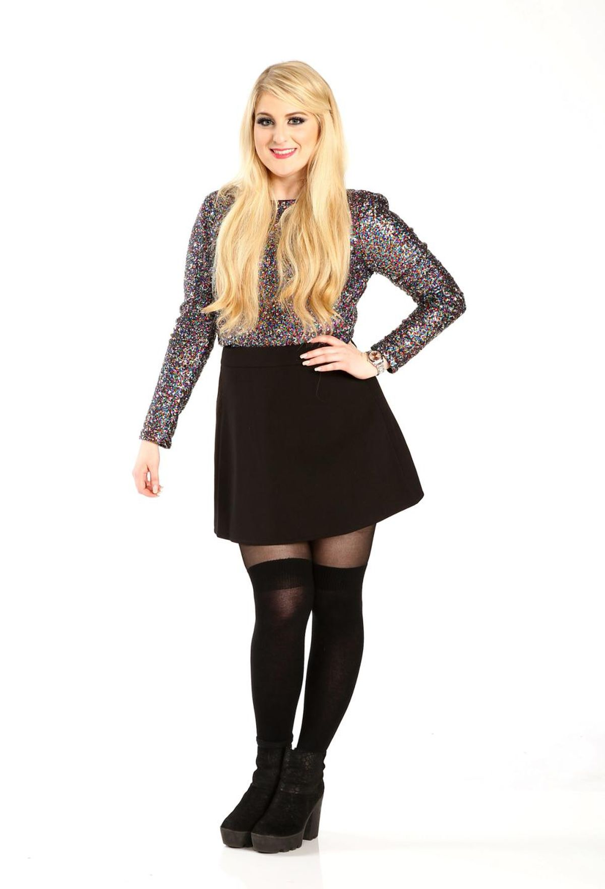 Gossip Girl Wallpapers Hd Music Review Meghan Trainor S Title Gets Three Stars