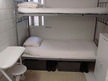 Image result for prison cell metropolitan detention center brooklyn jail cell