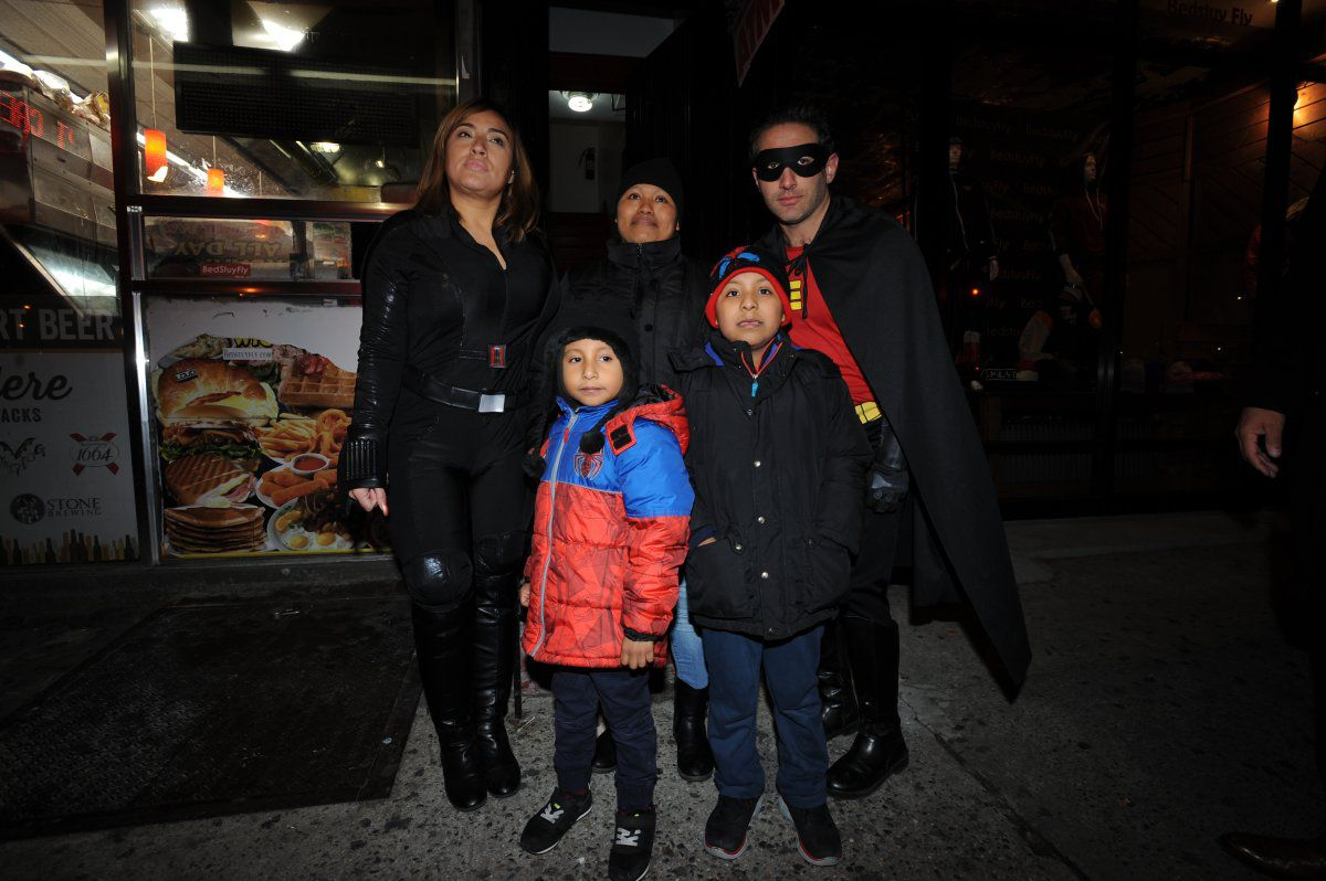 Costumed Cops Spread Christmas Cheer To Family Of Man In Coma New York Daily News