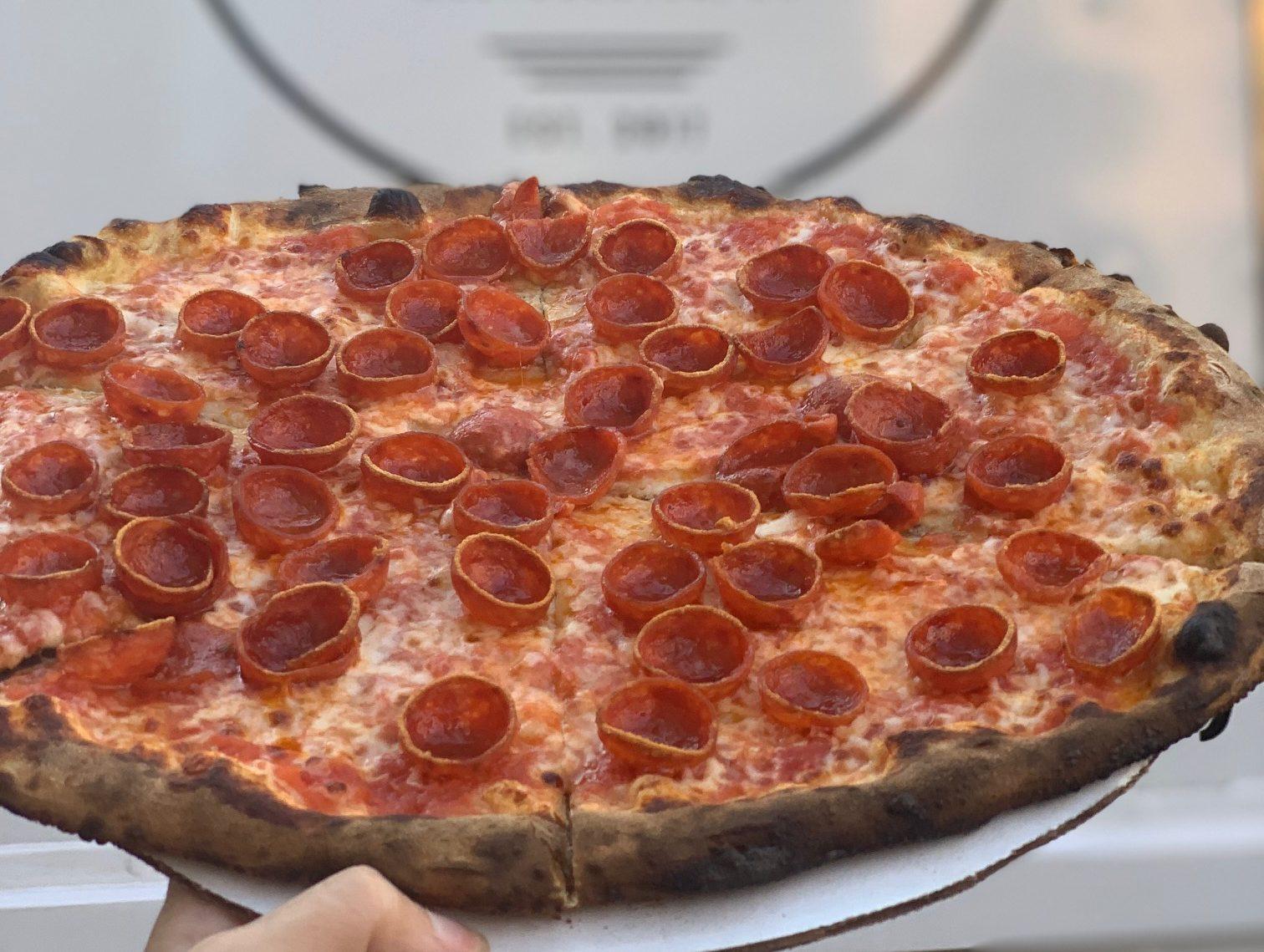 Abeetz pizza food truck roni pizza