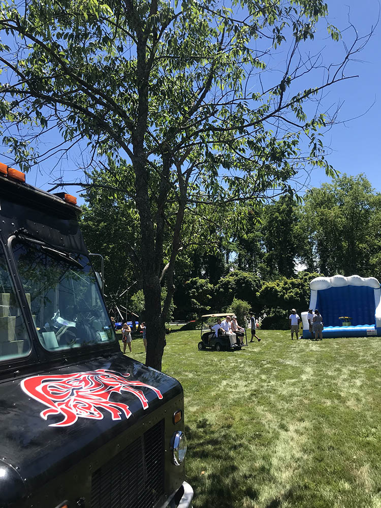 Food truck catering for party