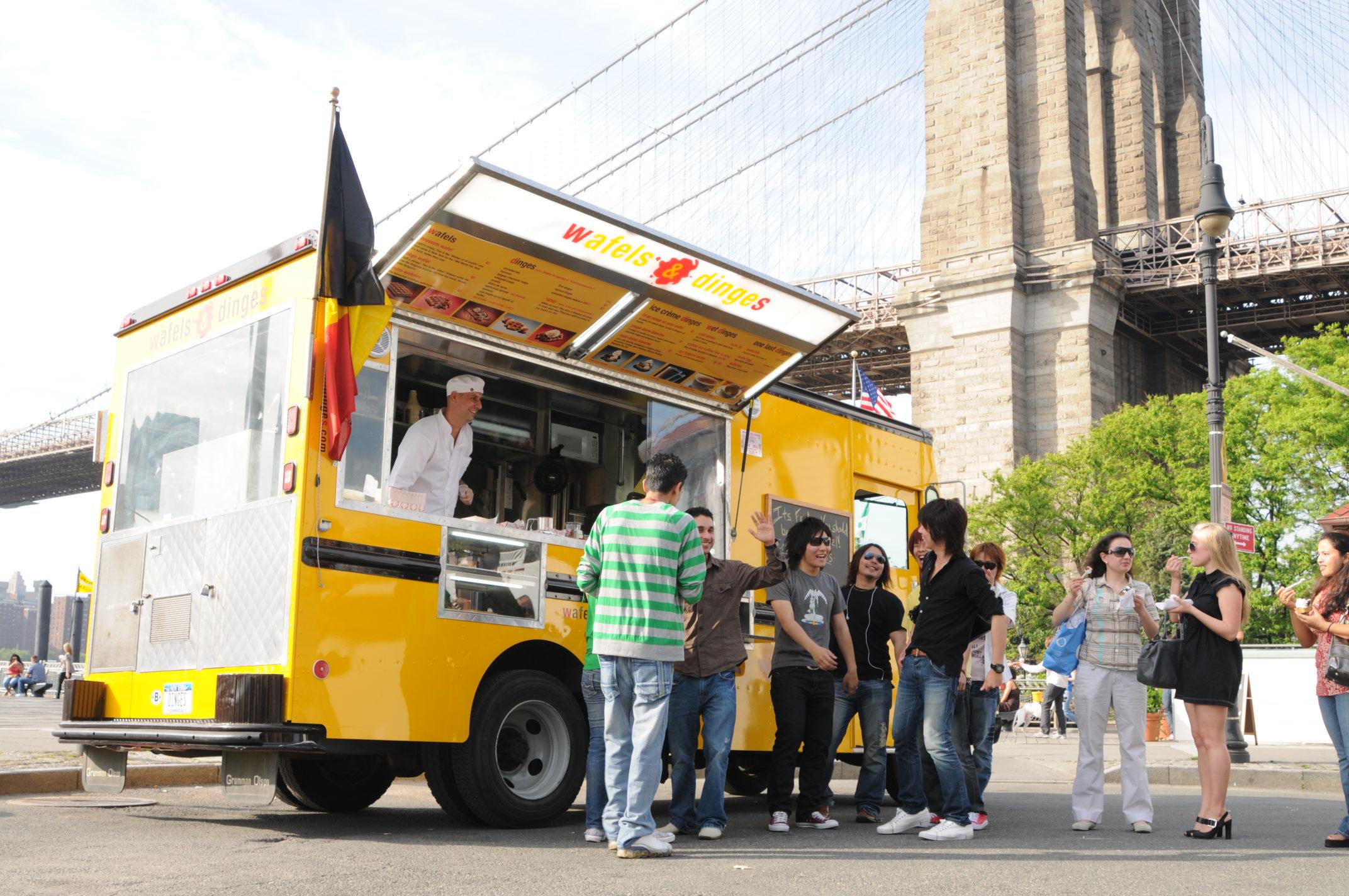 wafels and dinges food truck