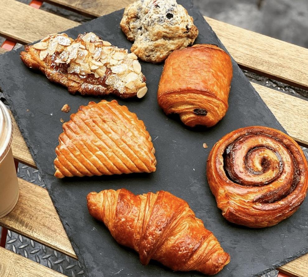 Caffe Aronne Pastries