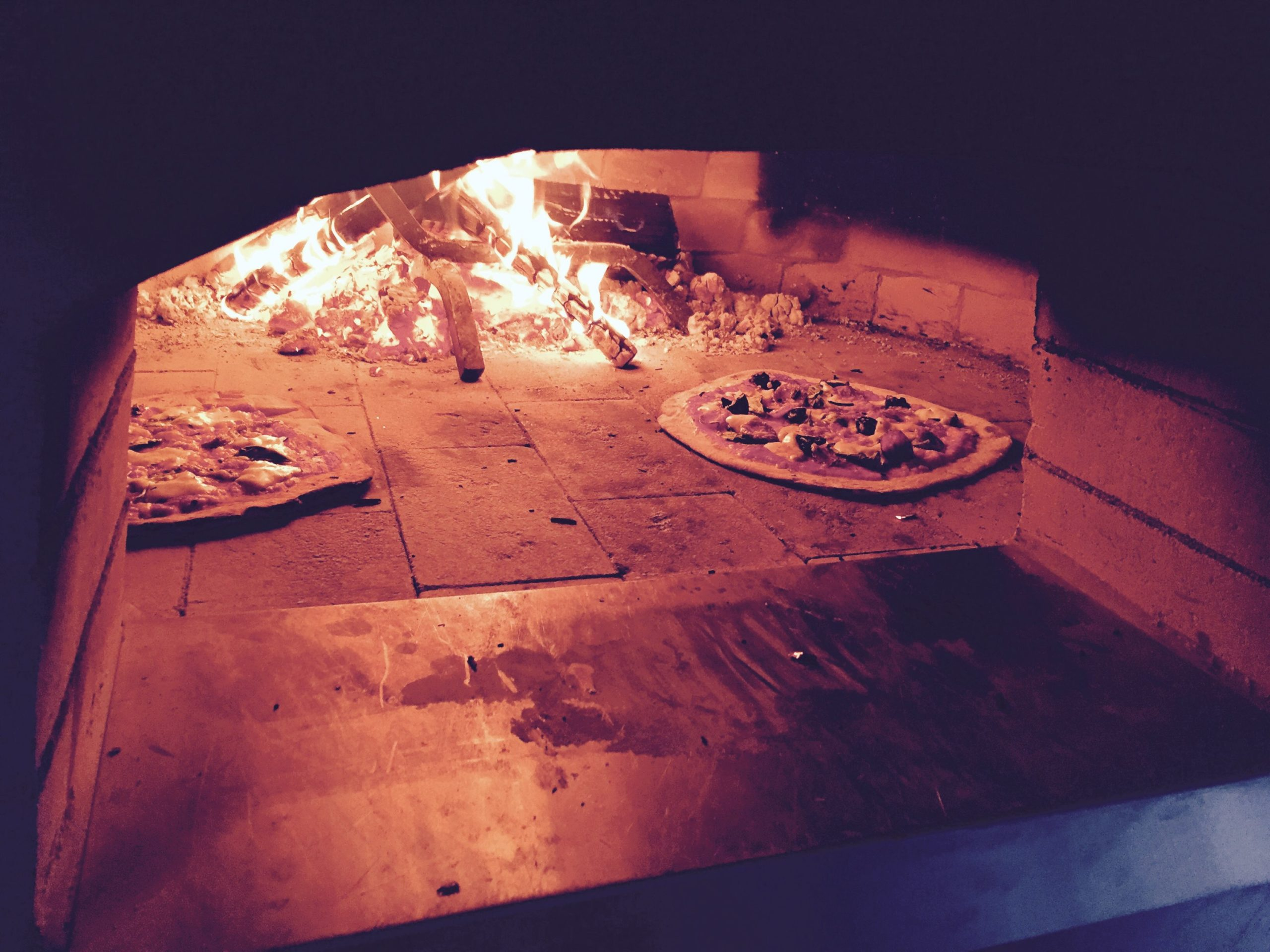Groundlings Wood Fired Pizza