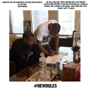 jay-z-signs-kevin-durant-to-roc-nation-sports