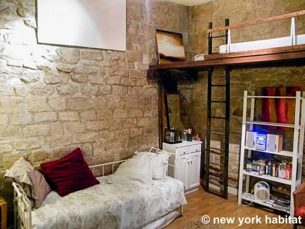 Appartement  Paris Location de Vacances  Studio T1  Saint Michel Quartier Latin  Panthon