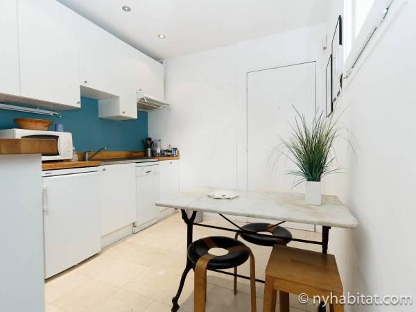 Paris Accommodation Studio Apartment Rental In Bastille