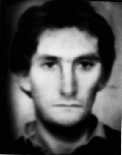 FANTOMBILDET: Dette bildet ble laget kort tid etter drapet på Olof Palme, og kan være av morderen. Ligner det Simon Hayward? Munnen virker svært lik.