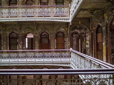beekman-atrium-abandoned-116