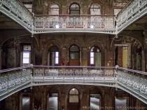 beekman-atrium-abandoned-120