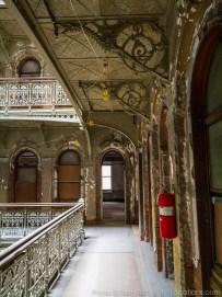 beekman-atrium-abandoned-125