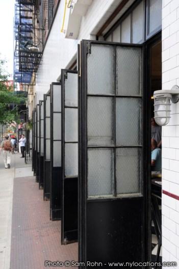 restaurant-bar-location-100023