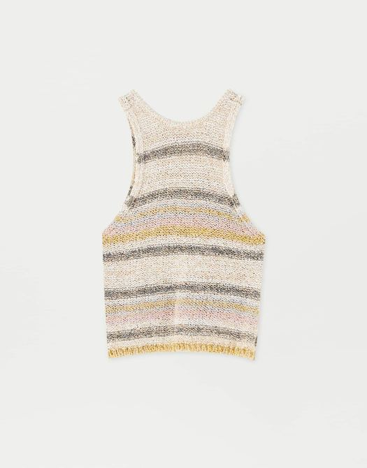 Sadie Sink By Pull&Bear Knit Top, $39.90