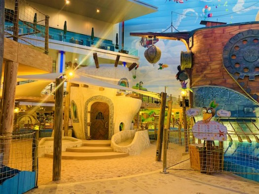 Angry Birds Indoor Themed Entertainment Park