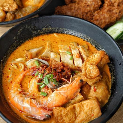 places to eat singapore