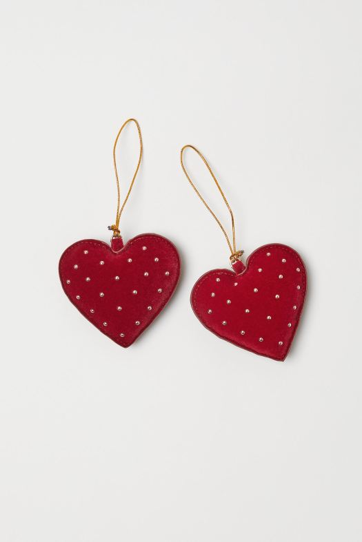 Velvet Heart Ornament (S$6.95)