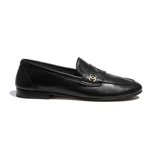 Black loafers in leather