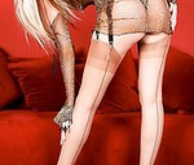 Long Legs In Seamed Nylons