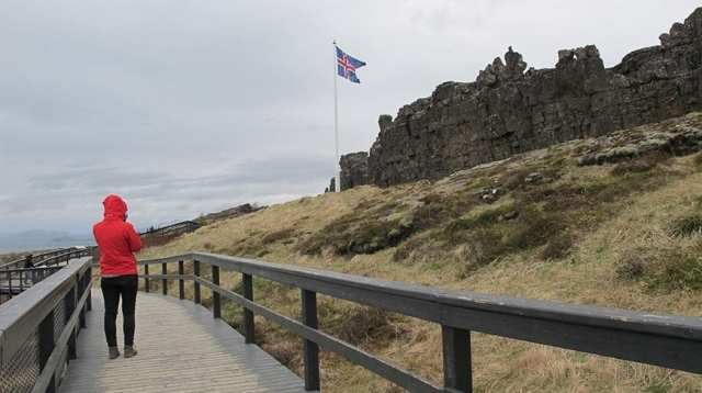 Cheap and Inexpensive Things to do in Iceland - pingvellir National Park