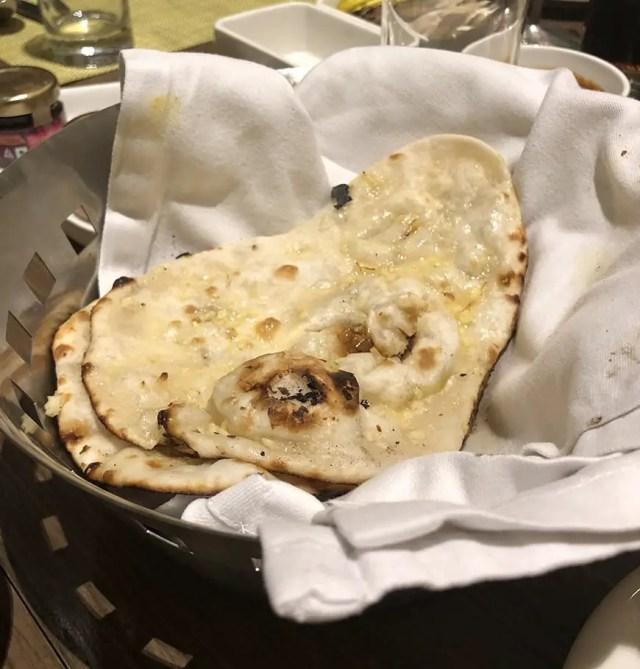 Welcom Hotel ITC Hotel bengaluru - buffet garlic naan bread