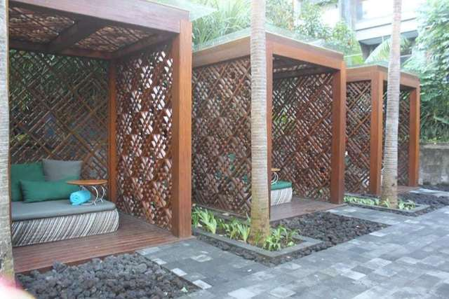 hotel indigo bali seminyak beach - pool beds