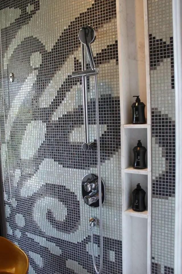 hotel indigo bali seminyak beach shower