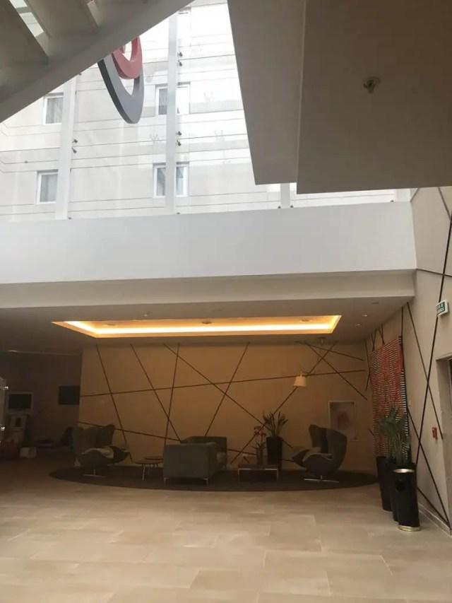 Novotel hotel san isidro lima Peru - breakfast buffet - lobby 2