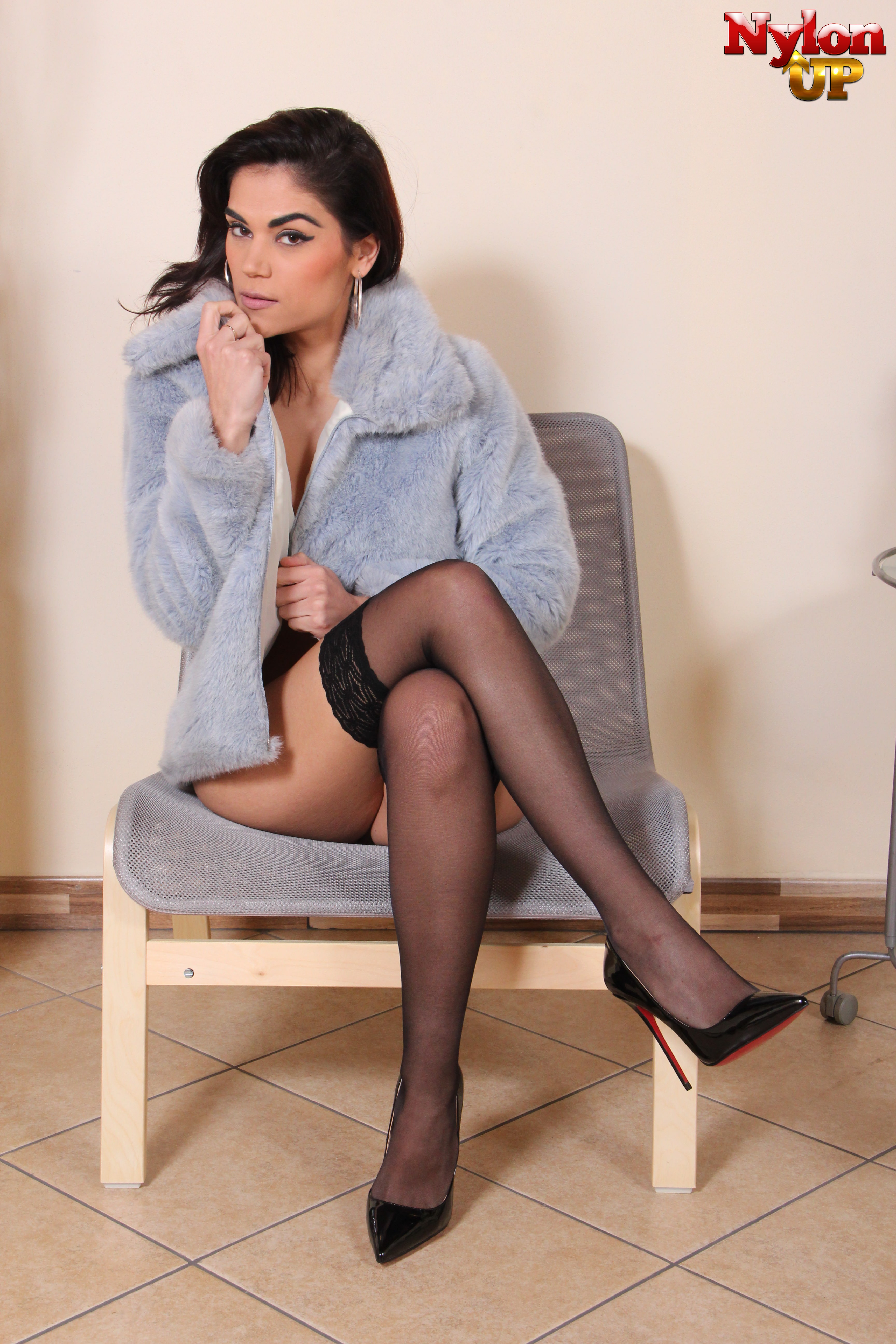 NylonUp Free Gallery  Hot and naughty girls in nylons for you