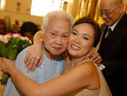 lola-at-my-wedding-feb-21