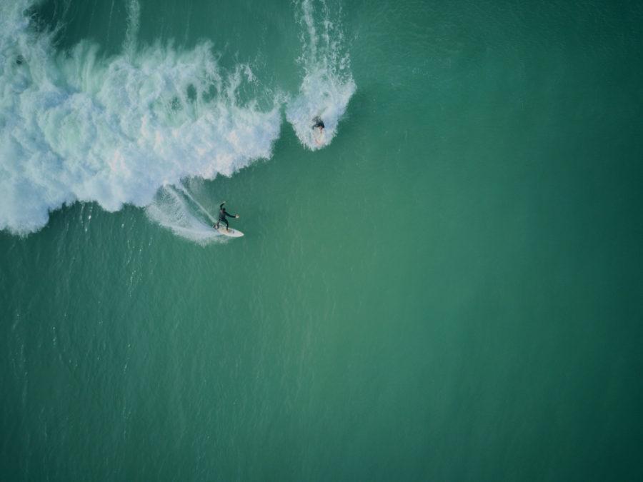 サーフィンでドロップインは危険