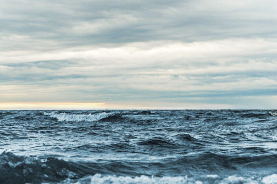 サーフィンのコンディション、オンショアの写真