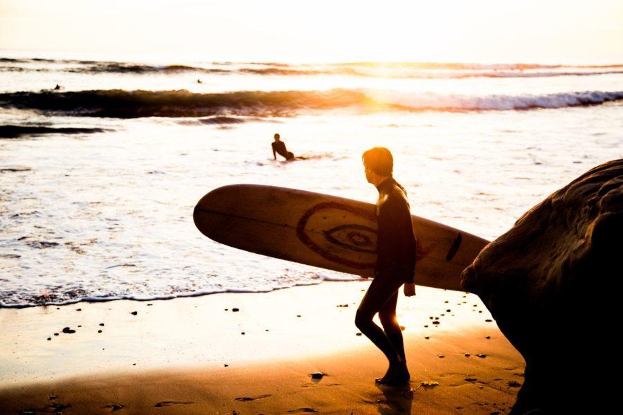 ロングボードはサーフィンの初心者に最適