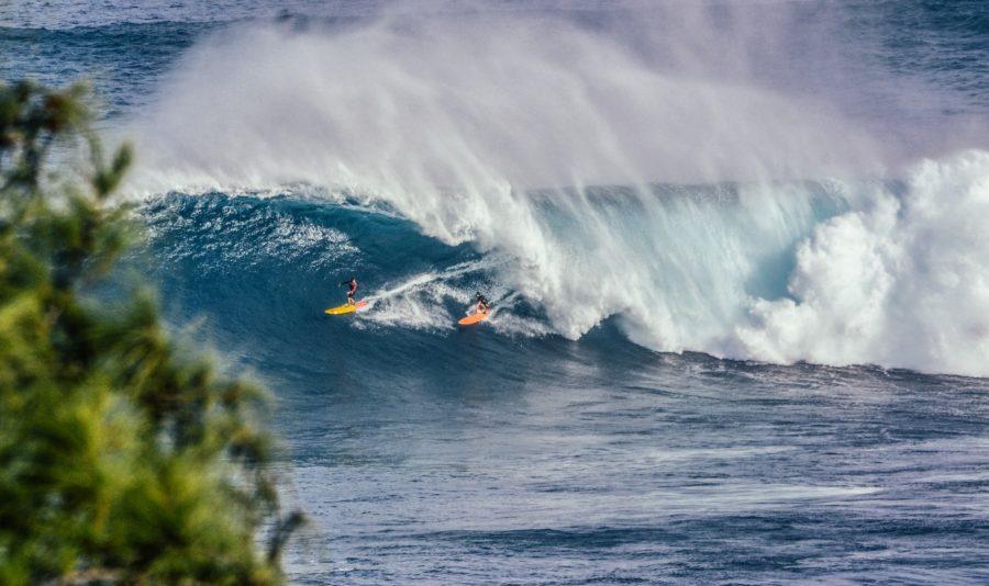 サーフィンのルール。波の優先権はピークに一番近いサーファーが持つ