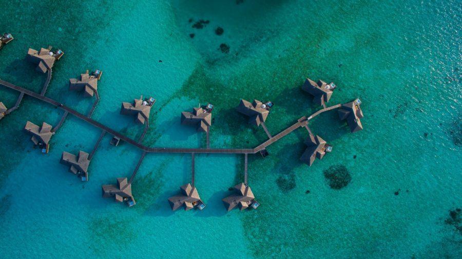 世界でも珍しい人数制限があるモルディブのサーフィンスポット