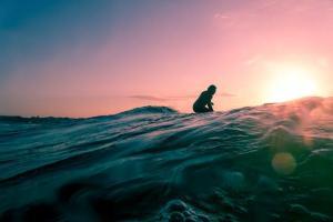 最高に格好いい魅力溢れるサーフィンのスタイルを身につけるたった1つの方法