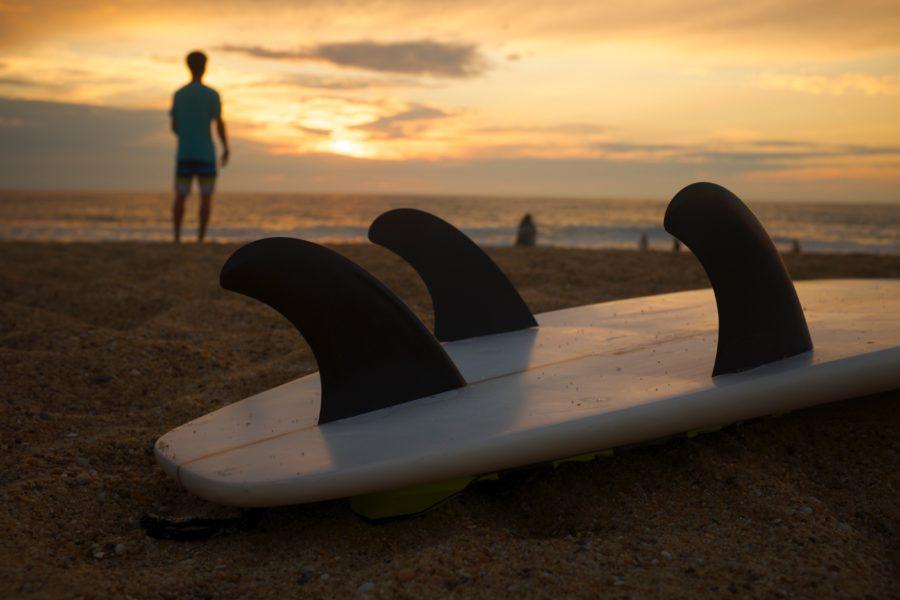 フィンレス(フィン無し)サーフィンとは
