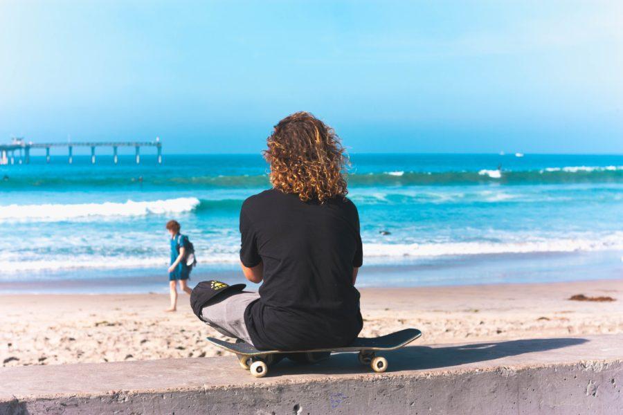 サーフスケートとサーフィンの違い