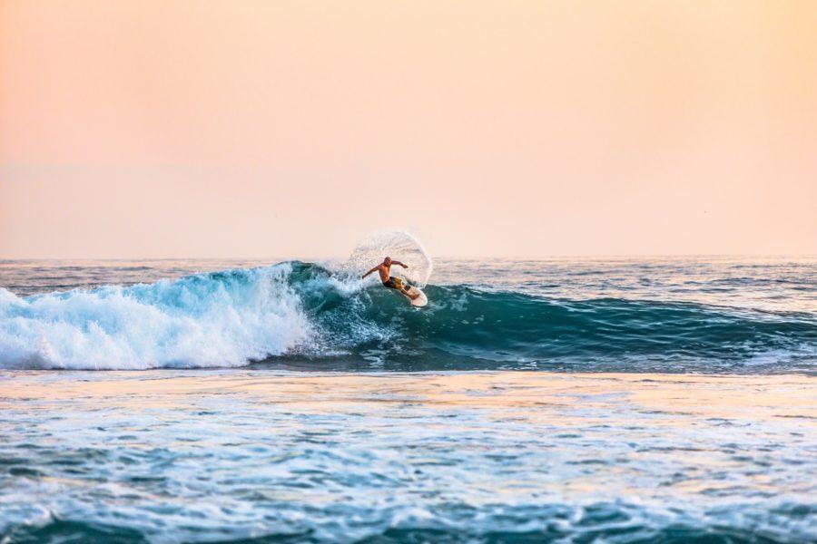 波に対して縦への動きが容易になるトライフィンセッティング