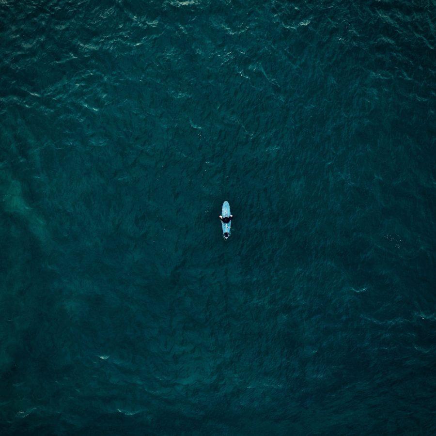 サーフィンは本来『ひとり』である