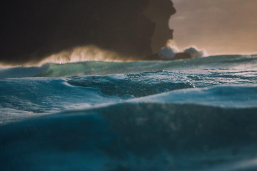 海が怖い感情は正常