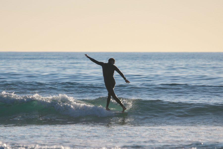 小波でのサーフィンはロングボードが簡単