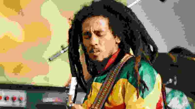 bob-marley-o-thrylos-tis-reggae52.jpg