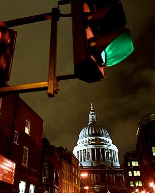 Mind The Gap es un artículo de O2 Magazine en el que puedes ver una pequeña y personal visión del Londres que suelo visitar.  Photo: © Jordi Verdés Padrón/O2 Magazine