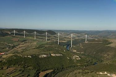 Millau Viaduct using S355K2+N, S355N, S355NL and S460M