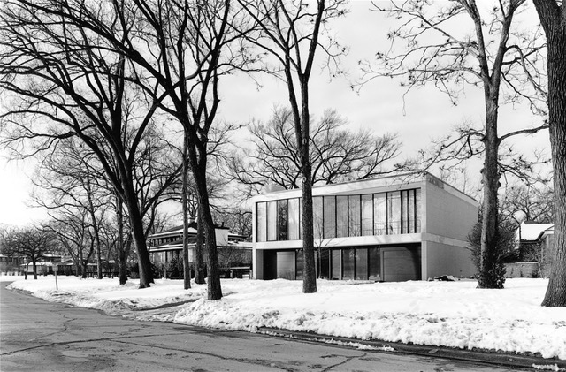 """Among the homes highlighted in """"Modern in the Middle"""" is the Ruth Nelson and Robert J. Freeark House, Riverside, by John Vinci. 