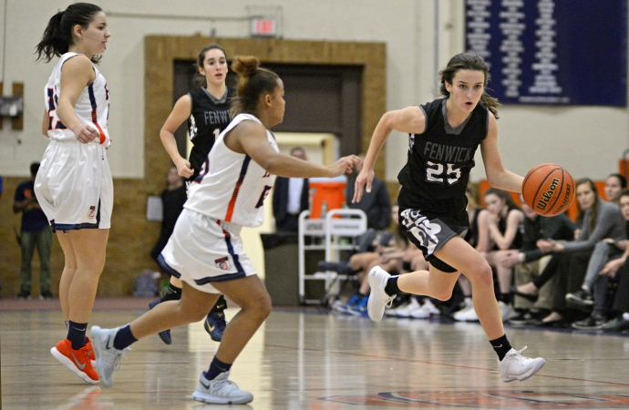 Fenwick sophomore guard Lily Riordan (#25) has emerged a key player in the backcourt this season. She can score, pass and defense and also has great speed and quickness. (Alexa Rogals/Staff Photographer)