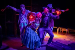 ) Cohen Kraus, Brianna Joy Ford, Josh Pennington and Sarah Bacinich in Strawdog Theatre Company's production of HERSHEL AND THE HANUKKAH GOBLINS. Photo by Jesus J. Montero.